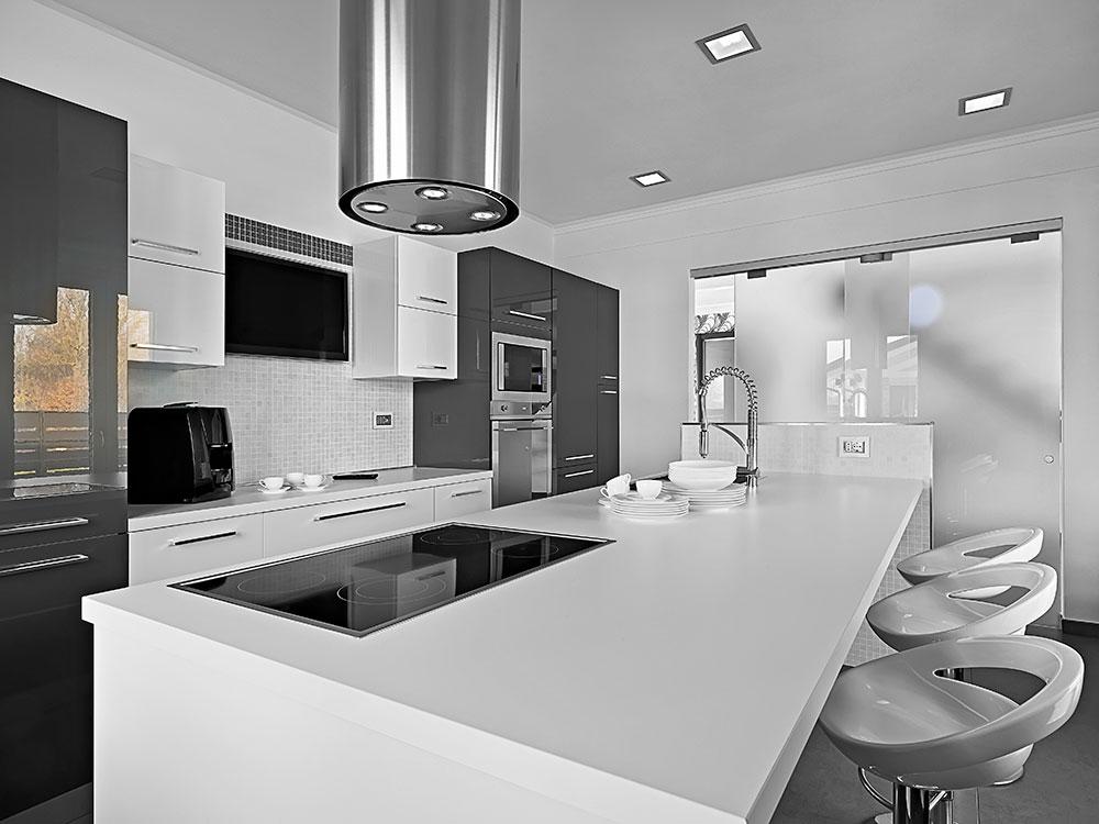 interiors-of-the-modern-kitchen-BNVEPCS